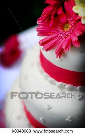 Gâteau Mariage à Fleur Banque Dimage