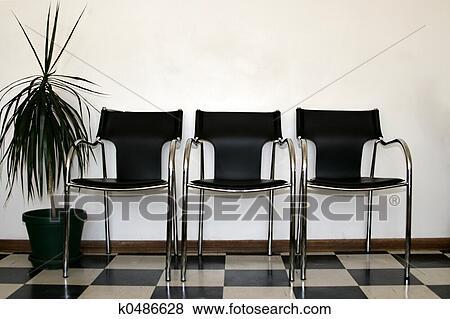Bilder Stühle Wartezimmer K0486628 Suche Stockfotos Bilder