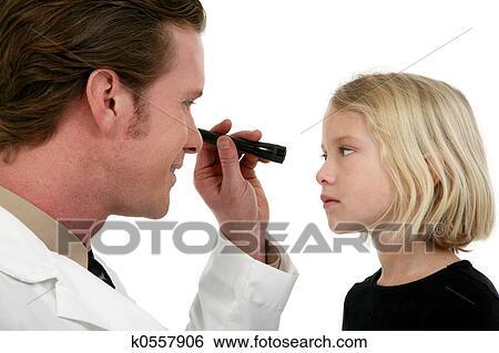 Banque d Image - oculiste, et, patient. Fotosearch - Recherchez des Photos 6b84f458efe8