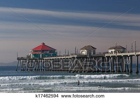 Stock Photo The Huntington Beach Pier Fotosearch Search Images Mural Photographs