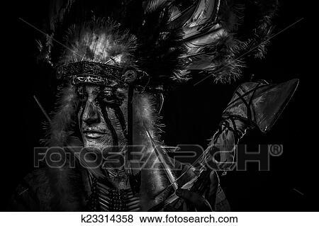 Images Tribal Indigene Indien Amerique Chef A Grand Plume