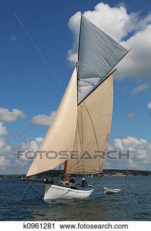 Klassische segelyachten  Stock Fotografie - klassische, segelyachten k0961281 - Suche ...
