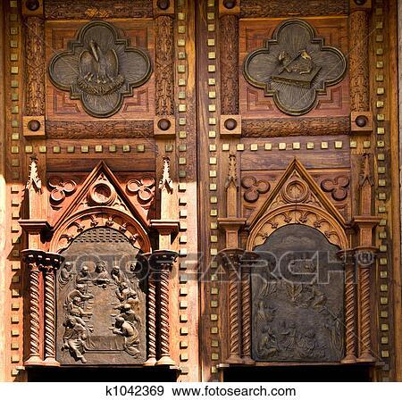 أبواب الكنيسة Guadalajara ألبوم الصور K1042369 Fotosearch