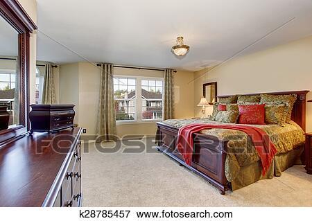 image beau chambre coucher parfait dor literie et carpet k28785457 recherchez. Black Bedroom Furniture Sets. Home Design Ideas