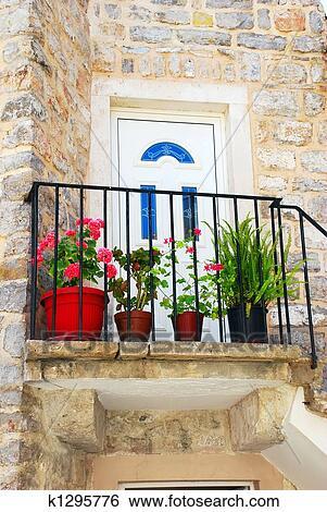 Banque Dimages Vieux Maison Pierre Dans Montenegro Entrée