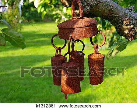 Beautiful Metal Old Decorative Garden Bell Wind Chimes