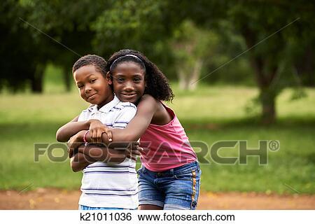 garçon blanc datant fille noire rencontres Almaty