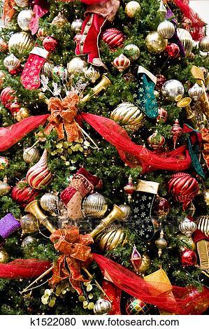 Weihnachtsbaum Rot.Weihnachtsbaum Rot Bänder Silberne Kugeln Stock Bild
