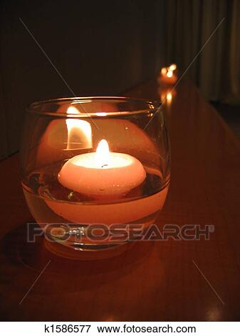 Image - lumière bougie k1586577 - Recherchez des Photos, des Images ... 6c308eb2551b