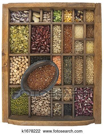 banque de photo exclusivit de rouges quinoa et a vari t de haricots grain graines. Black Bedroom Furniture Sets. Home Design Ideas