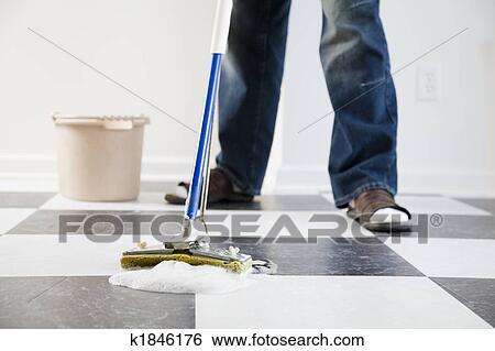 Fußboden Wischen ~ Stock bilder wischen boden k suche stockfotografie