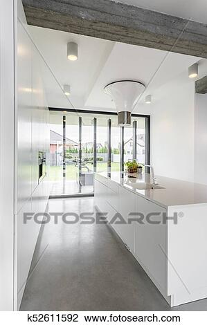 Stock Foto - groß, fenster, küche k52611592 - Suche Stockfotografie ...