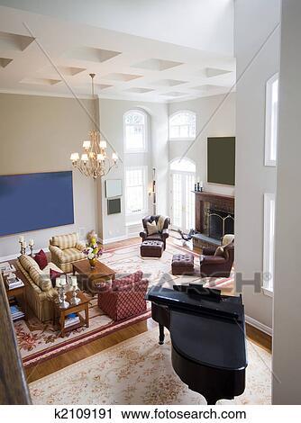 Archivio fotografico - castello, grande, soggiorno, con, pianoforte ...