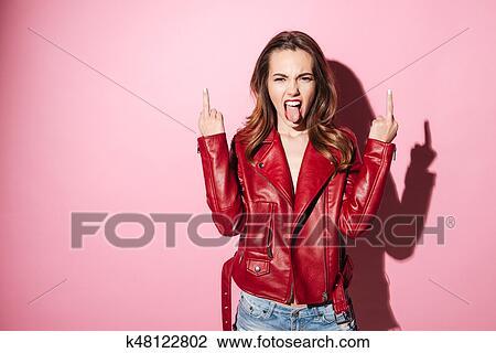 Porträt Von A Unhöflich Mädchen In Lederjacke Ausstellung