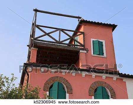 Casa Con Un Techo Terraza Llamado Altana En Idioma Italiano Banco De Fotografías