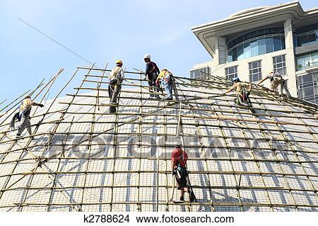 Stock Foto Gebaude A Gerust Mit Bambus In Hongkong K2788624