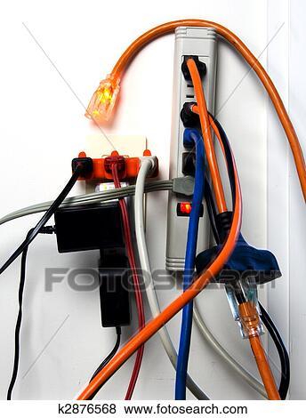 Bilder - überladen, steckdose k2876568 - Suche Stockfotos, Bilder ...