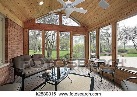 Archivio immagini veranda con ferro battuto mobilia for Mobilia in inglese