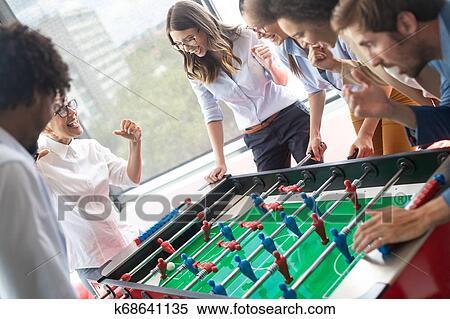 Mitarbeiter kennenlernen spiele