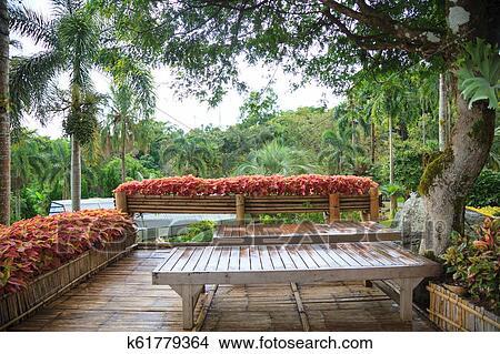 Tropical Rural Casa Jardín De Casa Bambú De Madera En Balcón Terraza Con Natural Bosque Vista Fondo Interior Exterior Arquitectónico
