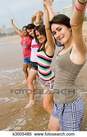 teen-girls-young
