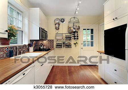 Pictures Of Kitchen With Cherry Wood Floors K3055728 Search Stock