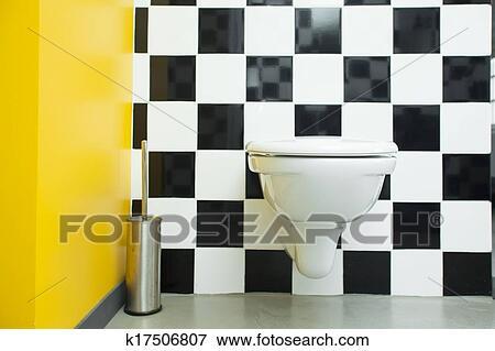 Zwart Wit Tegels.Hippe Toilet Kamer Met Checkered Zwart Wit Tegels Op Walls