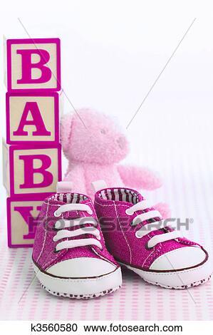 half off 86f9f 53b2a Rosa, babyschuhe Stock Bild