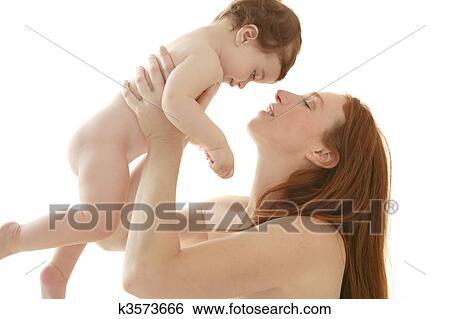 Archivio Di Immagini Nudo Bambino E Madre Ritratto Abbraccio