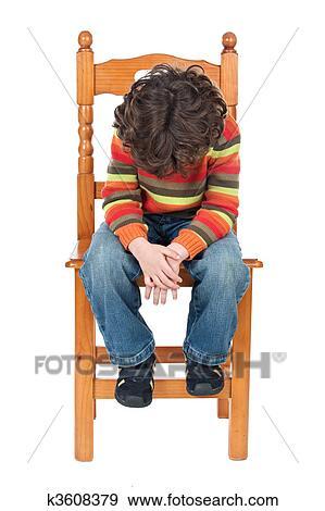 Stock Fotograf Trauriges Kind Sitzen Stuhl Freigestellt K3608379