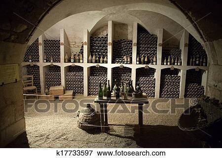 Stockage De Vin image - les, cave, à, les, stockage, de, vin, dans, château