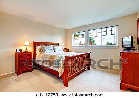 Hout Slaapkamer Meubels : Stock fotografie warme kleuren slaapkamer met hout meubel