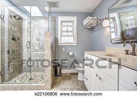 Stock Afbeeldingen - hippe, badkamer, binnenste, met, glas deur ...