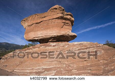 Balanced Rock In Garden Of The Gods Stock Photo K4032799