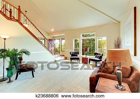 Stock Afbeeldingen - helder, ivoor, woonkamer, met, hoog, vaulted ...