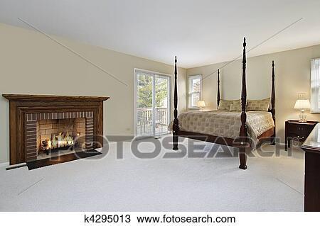 Slaapkamer Met Openhaard : Stock foto meester slaapkamer met openhaard k4295013 zoek