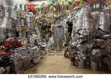 Asiatische Küchenutensilien stock bild küchenutensilien asiatische laden k31062265 suche