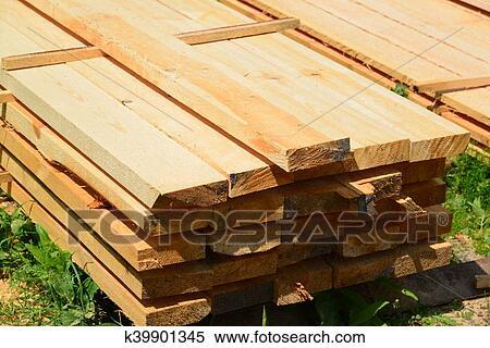 Colección de imágen - conjunto, de, apilado, madera, pino, madera ...