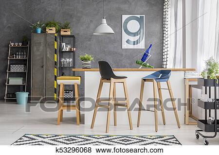 Immagini legno sbarra sgabelli in cucina k cerca