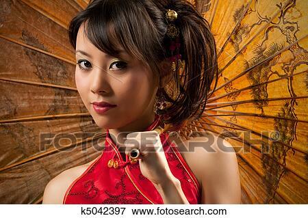 Nude asian girls in cheongsam