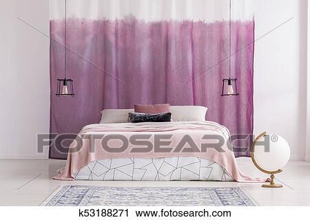 Camera Letto Rosa : Archivio fotografico rosa camera letto con bianco globo