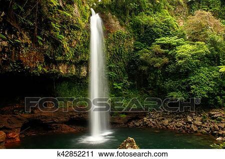 Lower Tavoro Waterfalls In Bouma National Heritage Park