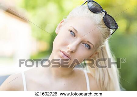 Really cute teen blondes porno photo