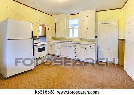 Geel De Keuken : Beelden zeer oud wit en geel keuken in een slechte