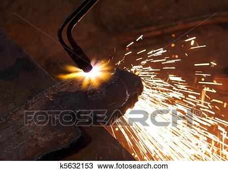 Stock Foto Metall Schneiden Mit Acetylen Schweissen K5632153