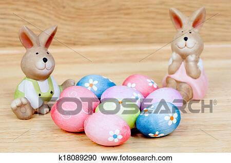 Galleria Di Illustrazioni Divertente Conigli Ceramica Con Uova