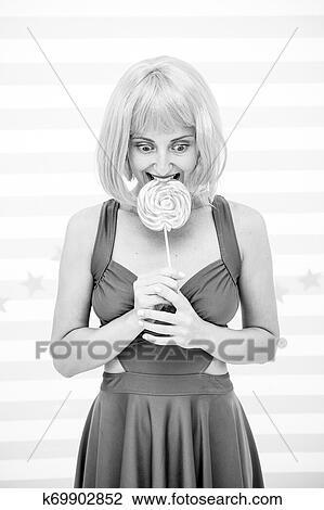 Mädchen Mit Lollipop Wird Gevögelt