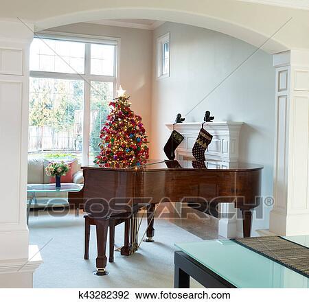 Soggiorno, con, decorazioni festa, durante, luminoso, luce giorno Archivio  Immagini