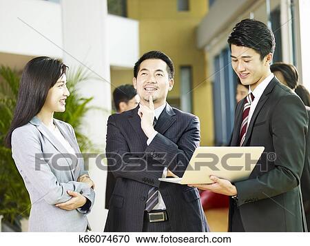 Latino männlich aus korean weiblich