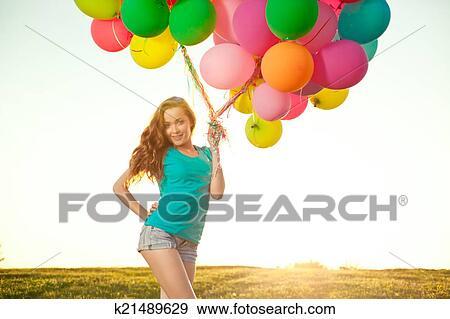 Arkivfotografi - glad fødselsdag 613e46ea506be
